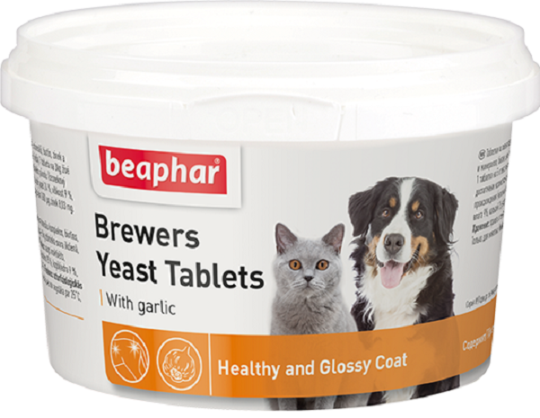 Пивные дрожжи Beaphar Brewers Yeast Tablets с чесноком для кошек и собак арт. 12664